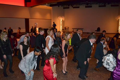 Students and faculty dancing during formal. Photo by Alex Montoya.